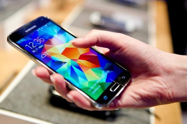 количество смартфонов возросло